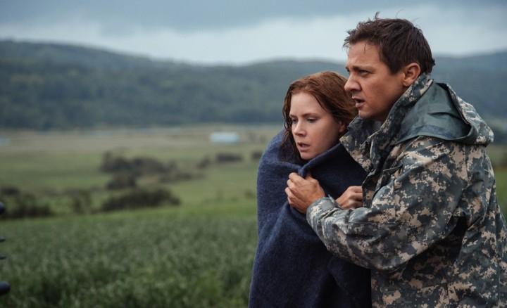 Amy Adams e Jeremy Renner em cena de 'A chegada' (Foto: Divulgação/Sony Pictures)